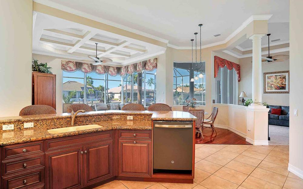 1870 Woodbine Ct, Marco Island - Home For Sale 1840142411