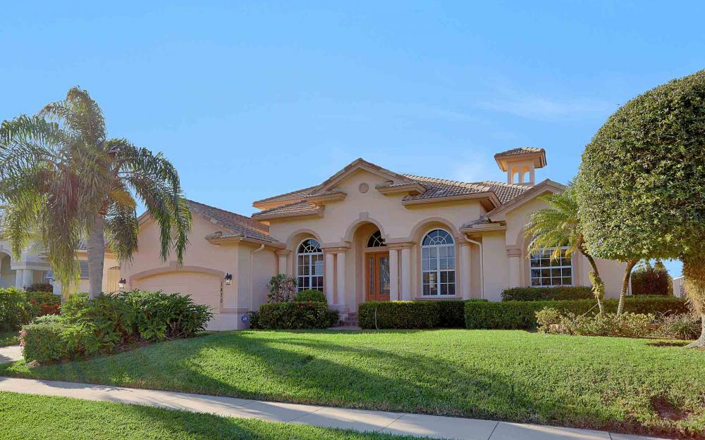 1870 Woodbine Ct, Marco Island - Home For Sale 133095244