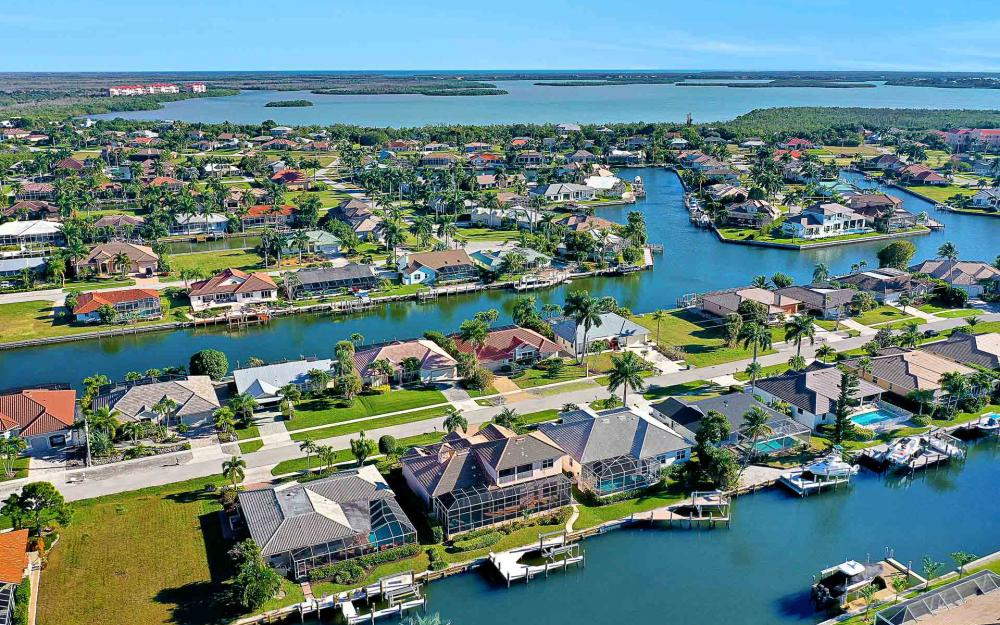 1870 Woodbine Ct, Marco Island - Home For Sale 827317856