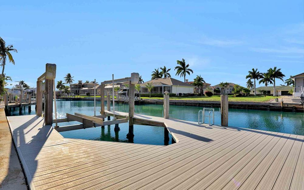 1870 Woodbine Ct, Marco Island - Home For Sale 2027957997