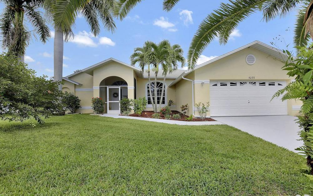 5233 SW 19th Pl, Cape Coral - House For Sale 383201405