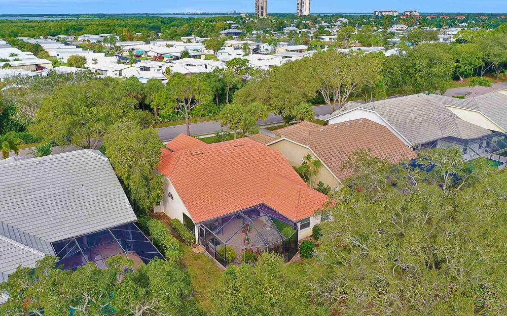 24957 Bay Cedar Dr, Bonita Springs - Home For Sale 888081799