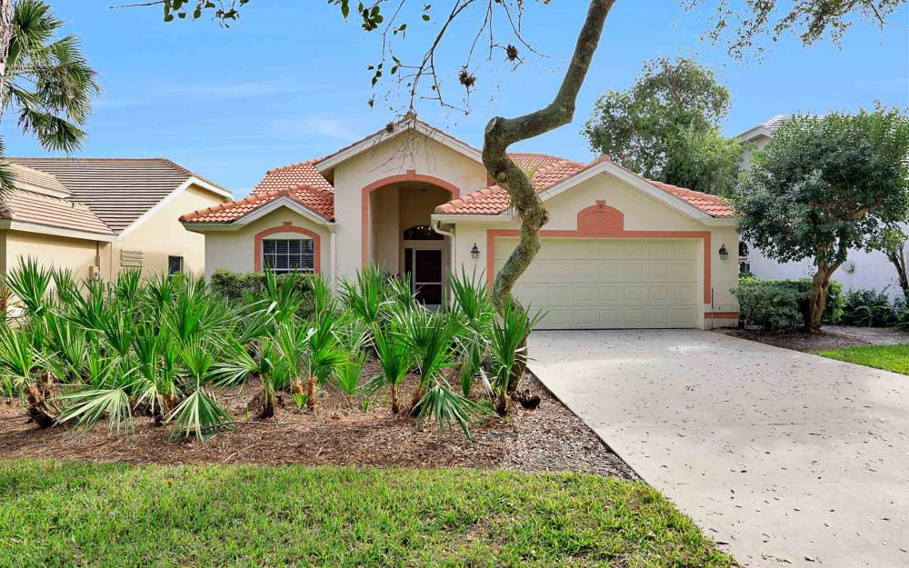 24957 Bay Cedar Dr, Bonita Springs - Home For Sale 1899068301