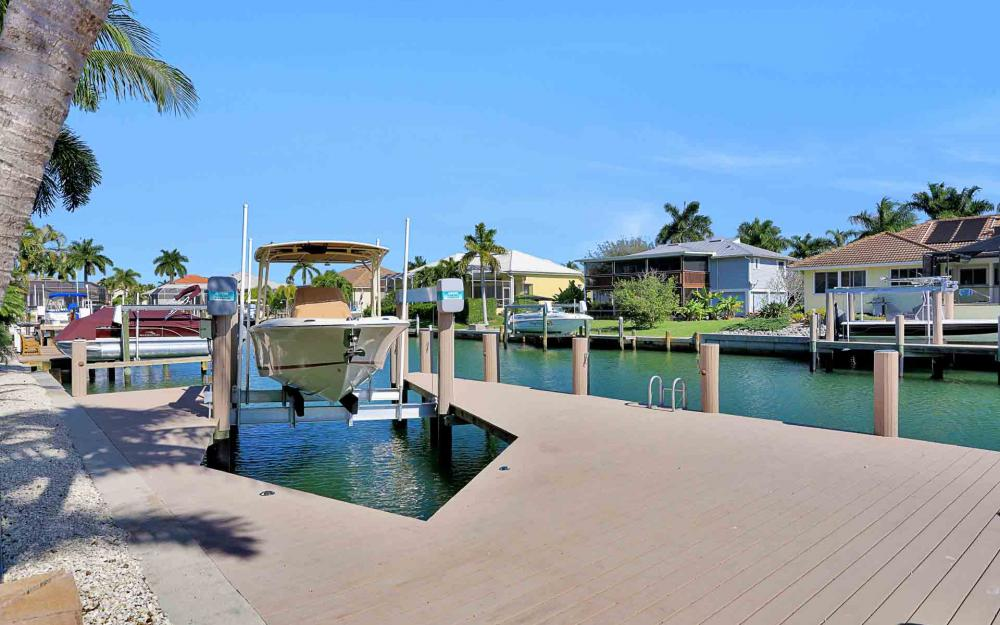 433 Adirondack Ct, Marco Island - Luxury Home For Sale 32804117