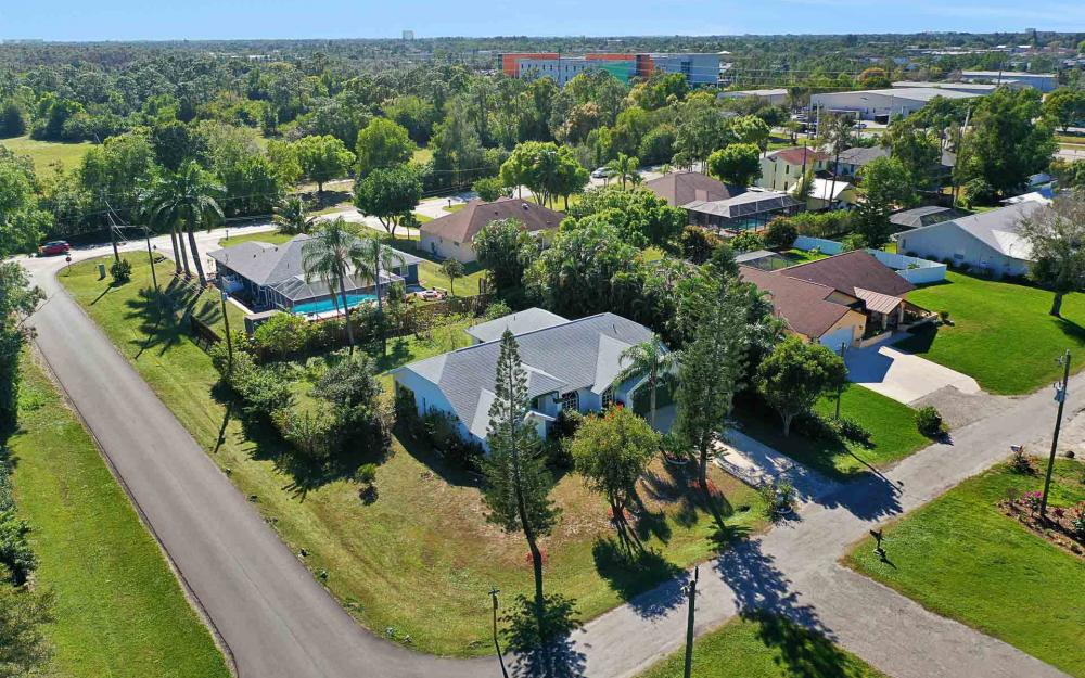 6588 Hartland St, Fort Myers - Home For Sale 1660185270