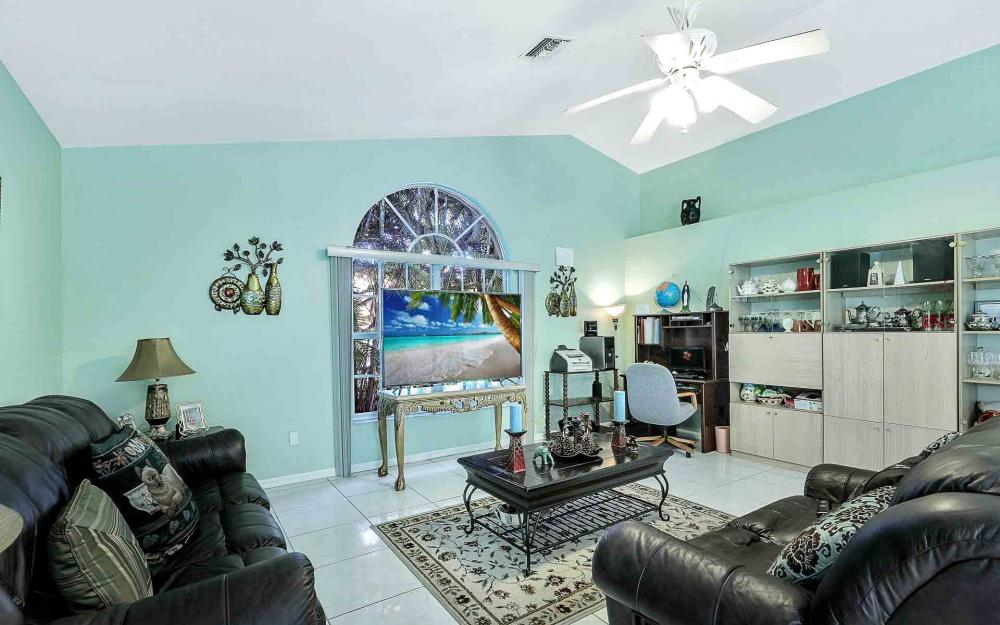 6588 Hartland St, Fort Myers - Home For Sale 51329427