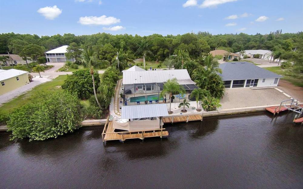 3723 Manatee Dr, St. James City - House For Sale 1039423255
