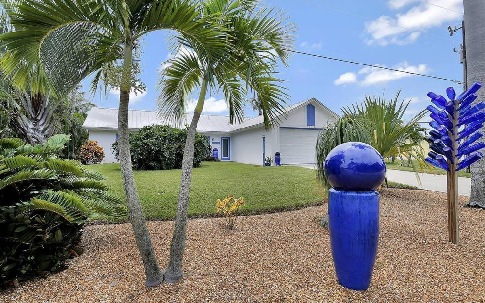 3723 Manatee Dr, St. James City - House For Sale 868388916