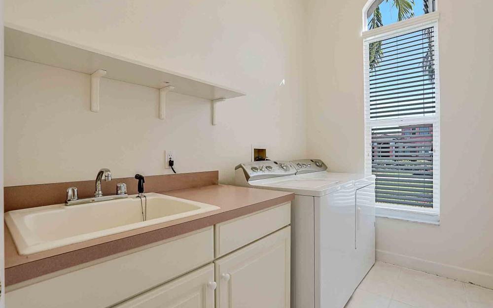 1410 Quintara Ct, Marco Island - Home For Sale 976149532