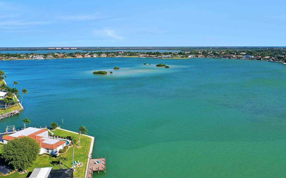 1410 Quintara Ct, Marco Island - Home For Sale 1451102451