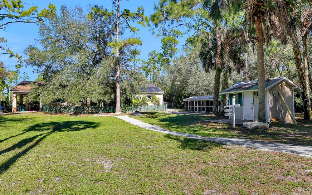 561 20th Ave NW, Naples - Home For Sale 1450315694