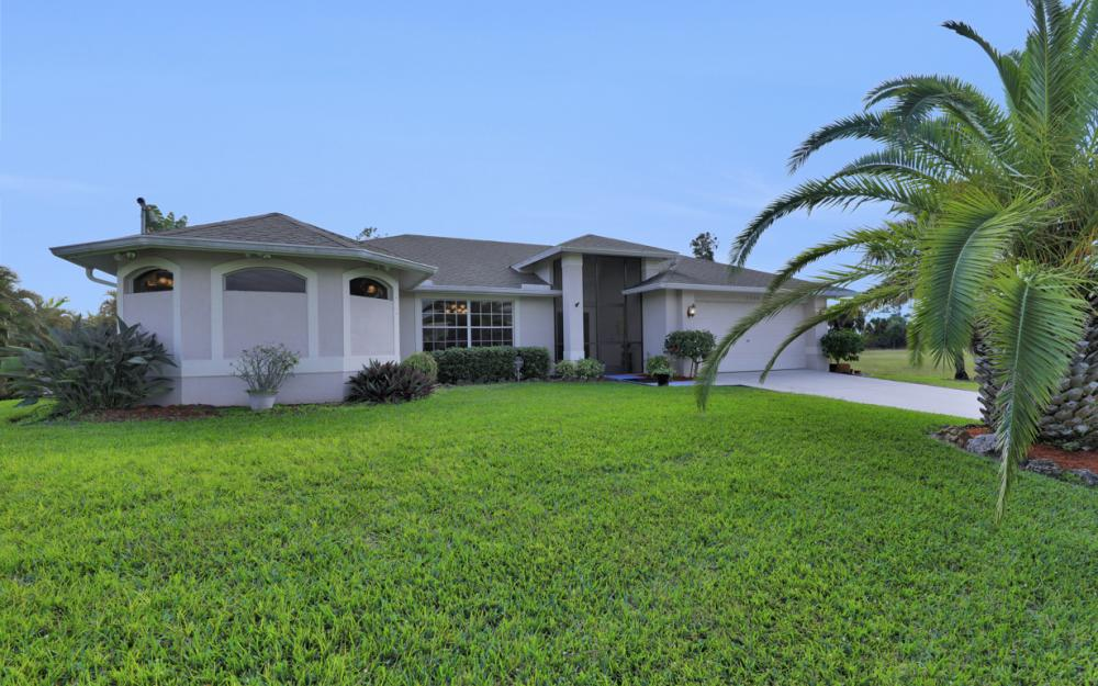 2330 NE 42nd Ter, Cape Coral - Home For Sale 1863224892