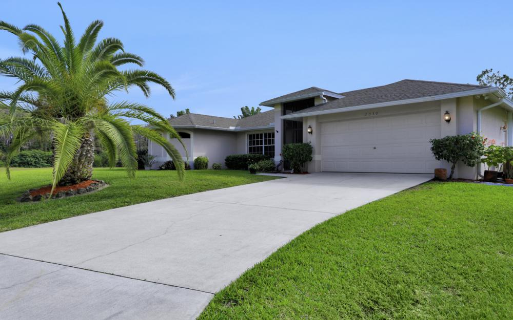 2330 NE 42nd Ter, Cape Coral - Home For Sale 975631131