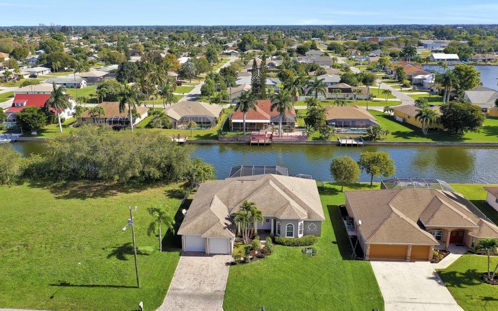 3423 SW 5th Pl, Cape Coral - Vacation Rental 1040266748