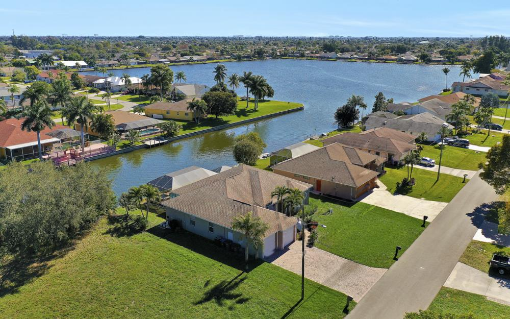 3423 SW 5th Pl, Cape Coral - Vacation Rental 944246680