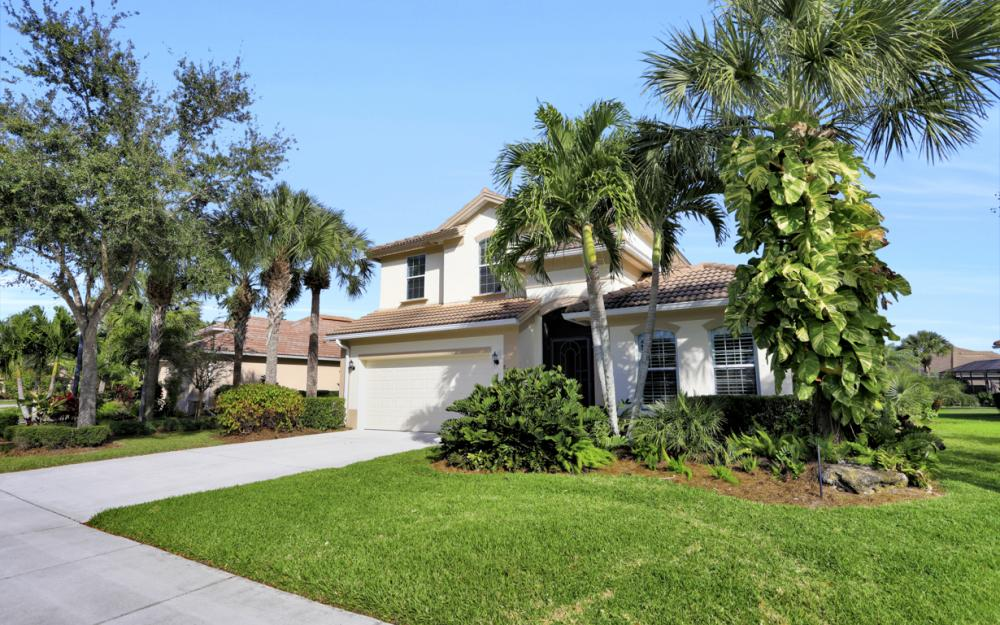 8229 Valiant Dr, Naples - Home For Sale 468502090