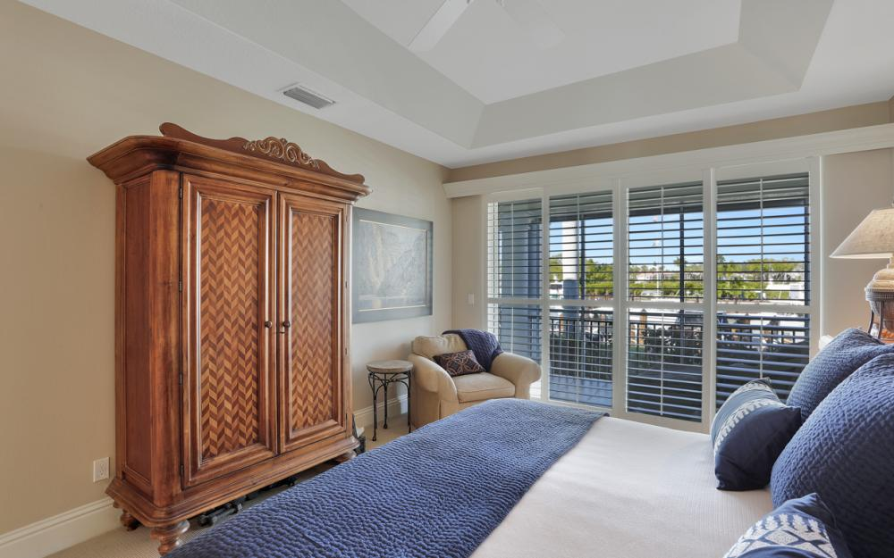 1717 Gulfstar Dr S #201, Naples - Condo For Sale 2076647077