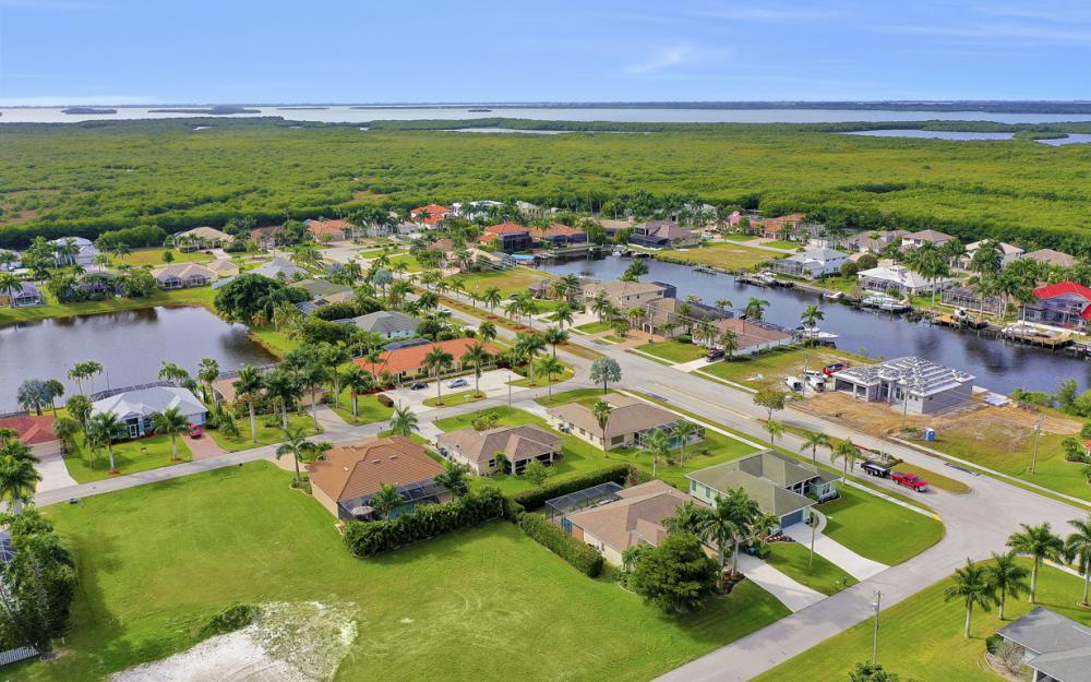 2720 SW 53rd Ln Cape Coral - Lot For Sale 1463151609