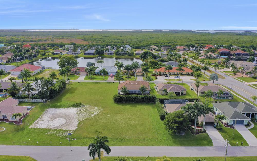 2720 SW 53rd Ln Cape Coral - Lot For Sale 747315312
