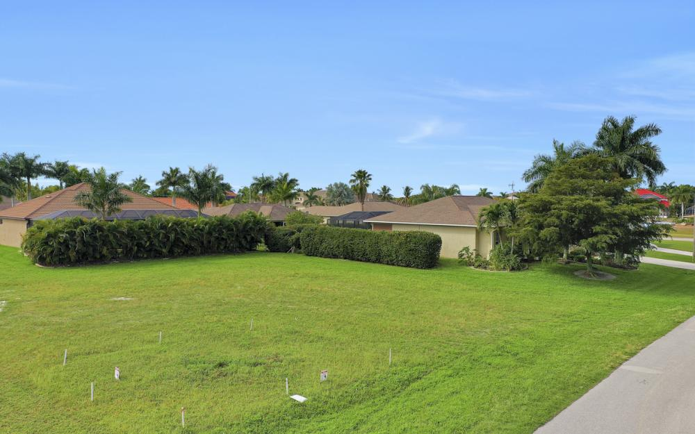 2720 SW 53rd Ln Cape Coral - Lot For Sale 296910329