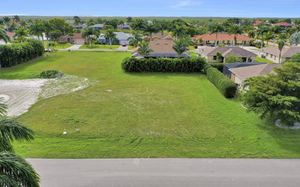 2720 SW 53rd Ln Cape Coral - Lot For Sale 930395229