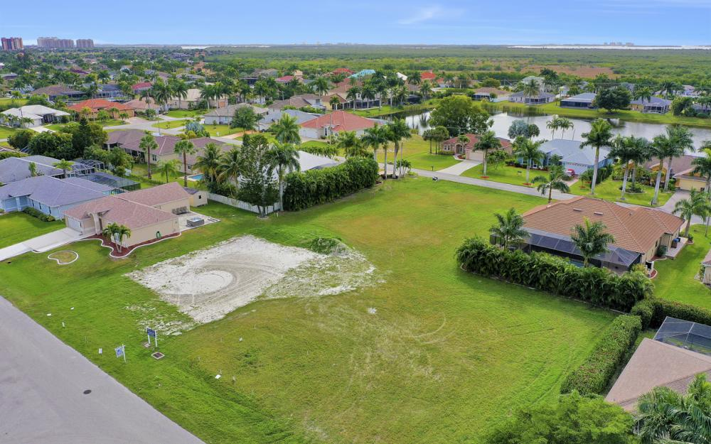 2720 SW 53rd Ln Cape Coral - Lot For Sale 1023096082