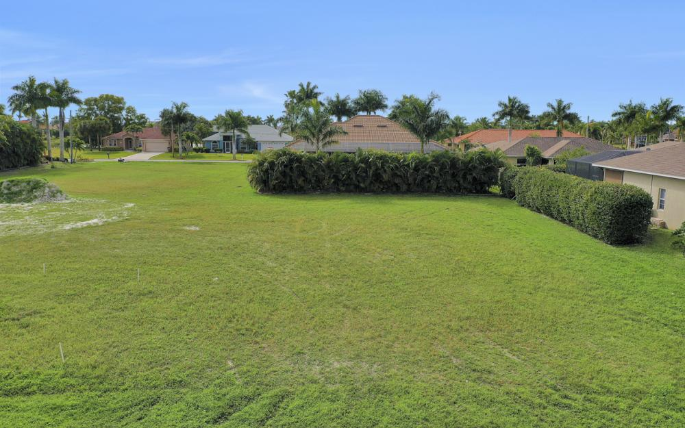 2720 SW 53rd Ln Cape Coral - Lot For Sale 969897141