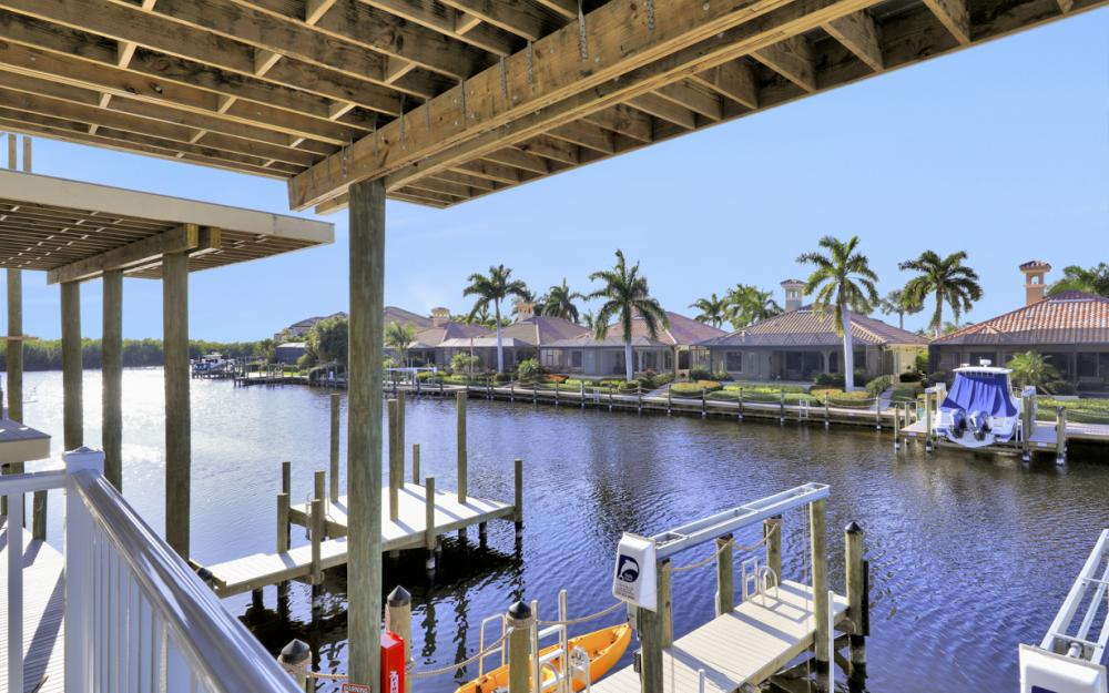 5866 Shell Cove Dr, Cape Coral - Home For Sale 874148925