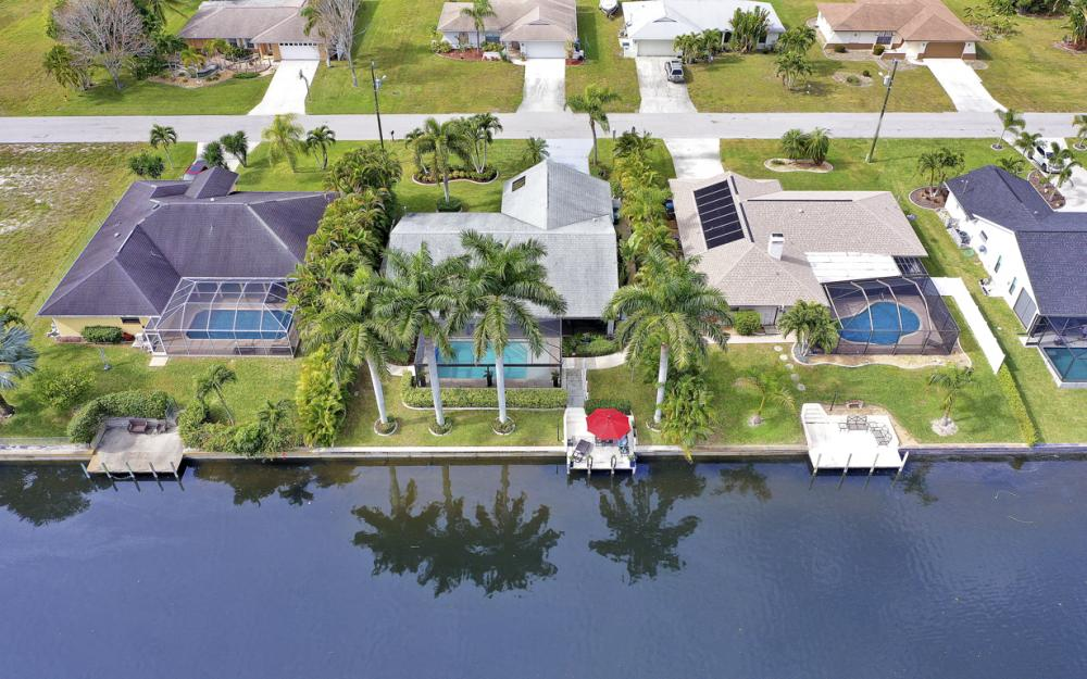 3621 SW 5th Pl, Cape Coral - Home For Sale 1330518495