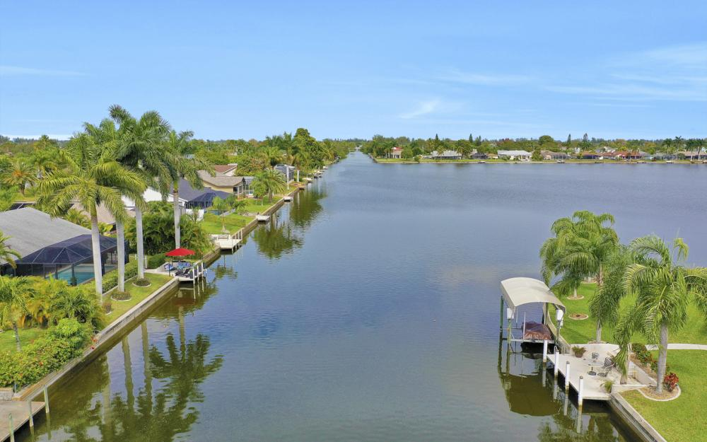 3621 SW 5th Pl, Cape Coral - Home For Sale 1874236633