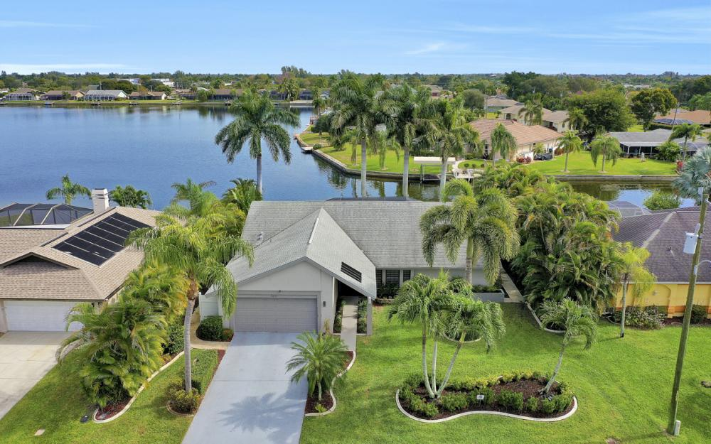 3621 SW 5th Pl, Cape Coral - Home For Sale 250433747