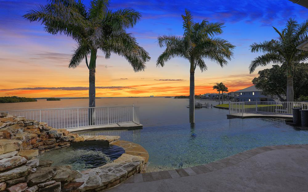 5580 Williams Dr, Fort Myers Beach - Luxury Home For Sale 817920383