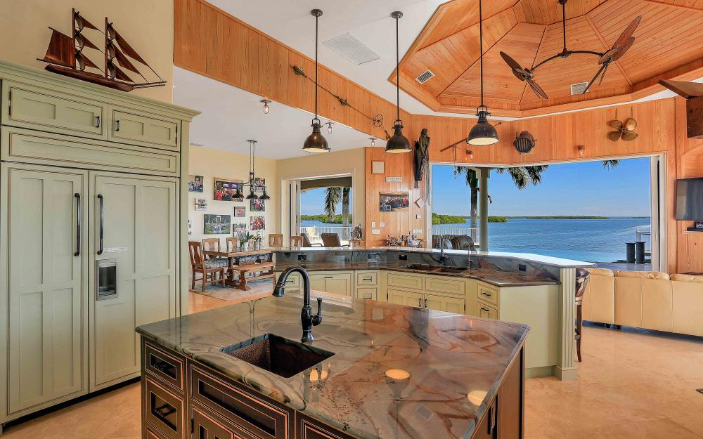 5580 Williams Dr, Fort Myers Beach - Luxury Home For Sale 617440679