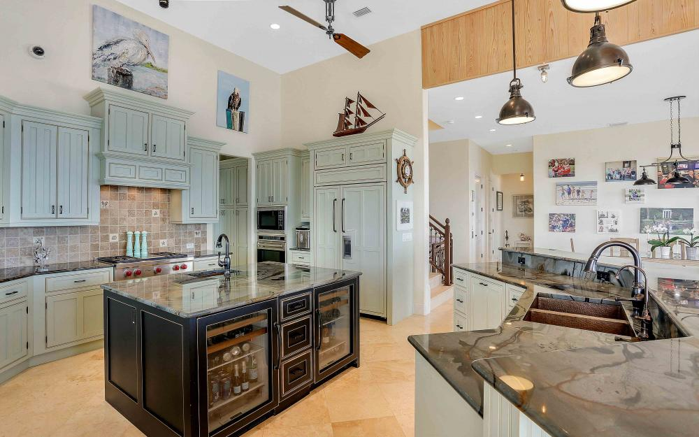 5580 Williams Dr, Fort Myers Beach - Luxury Home For Sale 699039956