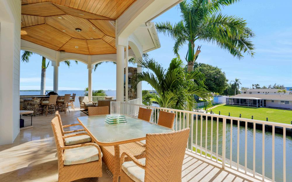 5580 Williams Dr, Fort Myers Beach - Luxury Home For Sale 342755090
