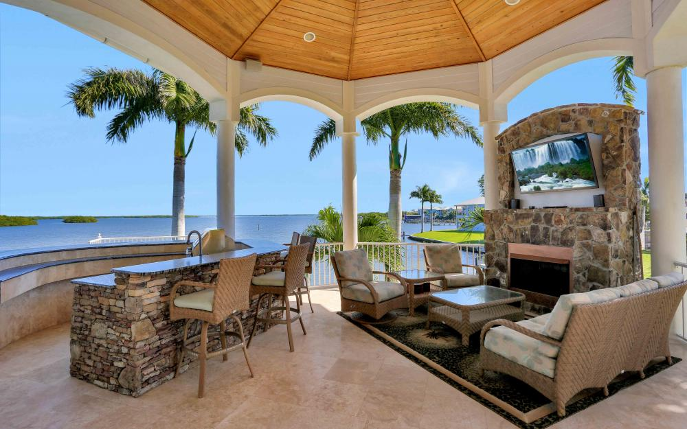 5580 Williams Dr, Fort Myers Beach - Luxury Home For Sale 115113475