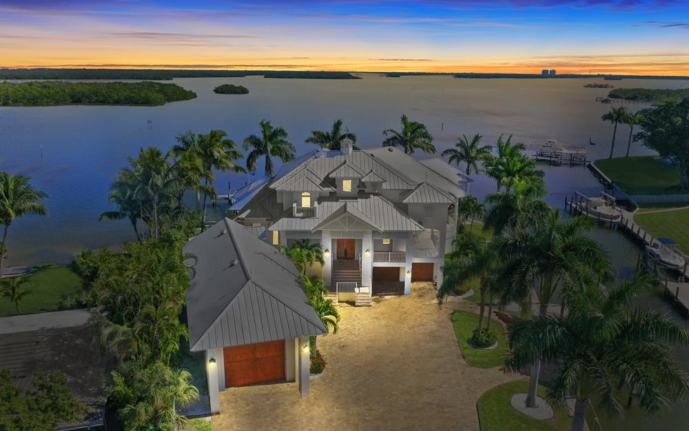 5580 Williams Dr, Fort Myers Beach - Luxury Home For Sale 325906487