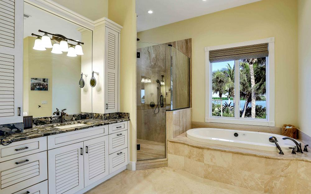 5580 Williams Dr, Fort Myers Beach - Luxury Home For Sale 1004741001