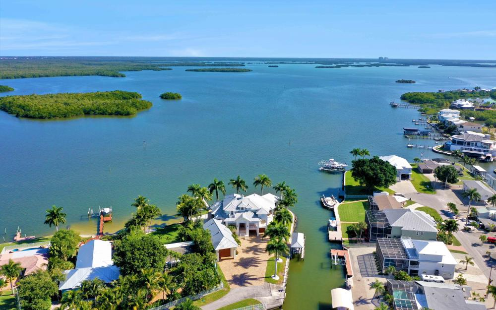 5580 Williams Dr, Fort Myers Beach - Luxury Home For Sale 150745172