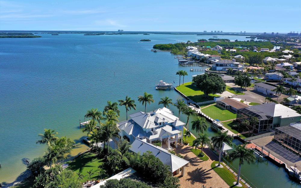 5580 Williams Dr, Fort Myers Beach - Luxury Home For Sale 1063665464