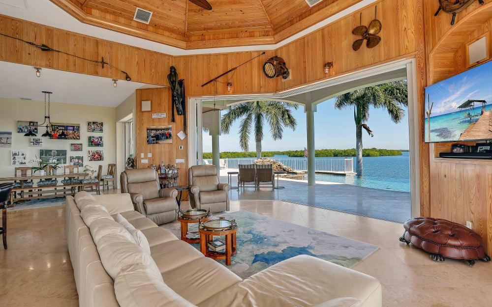 5580 Williams Dr, Fort Myers Beach - Luxury Home For Sale 360372441