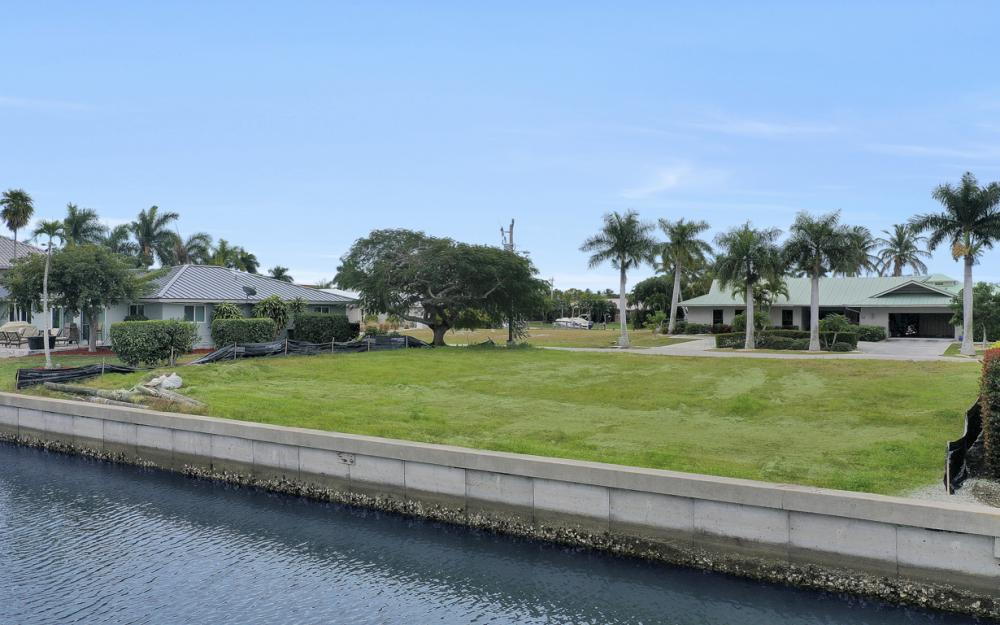 329 Grapewood Ct, Marco Island - Lot For Sale 1808971661