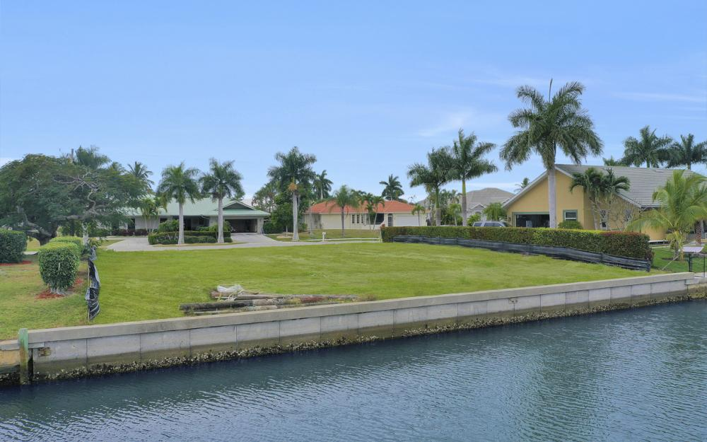 329 Grapewood Ct, Marco Island - Lot For Sale 46174672