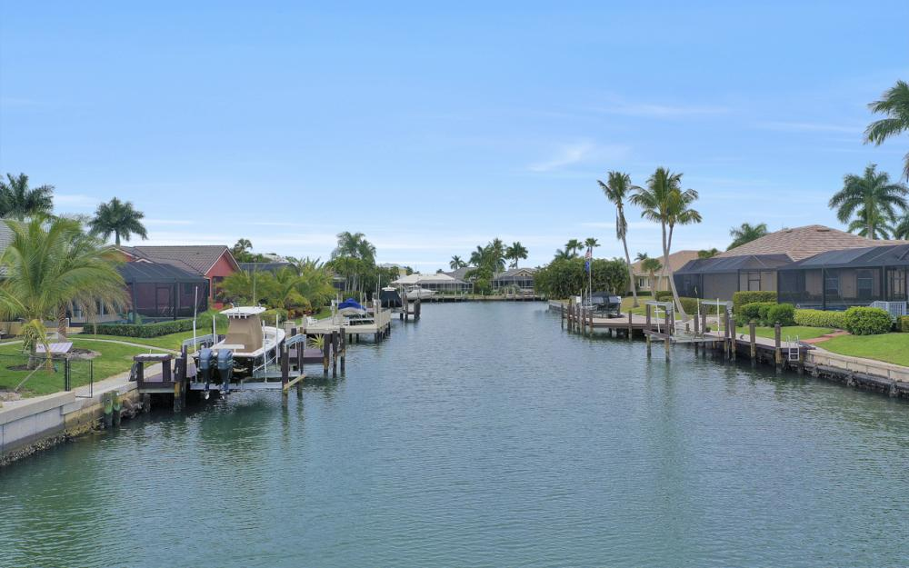 329 Grapewood Ct, Marco Island - Lot For Sale 530591891