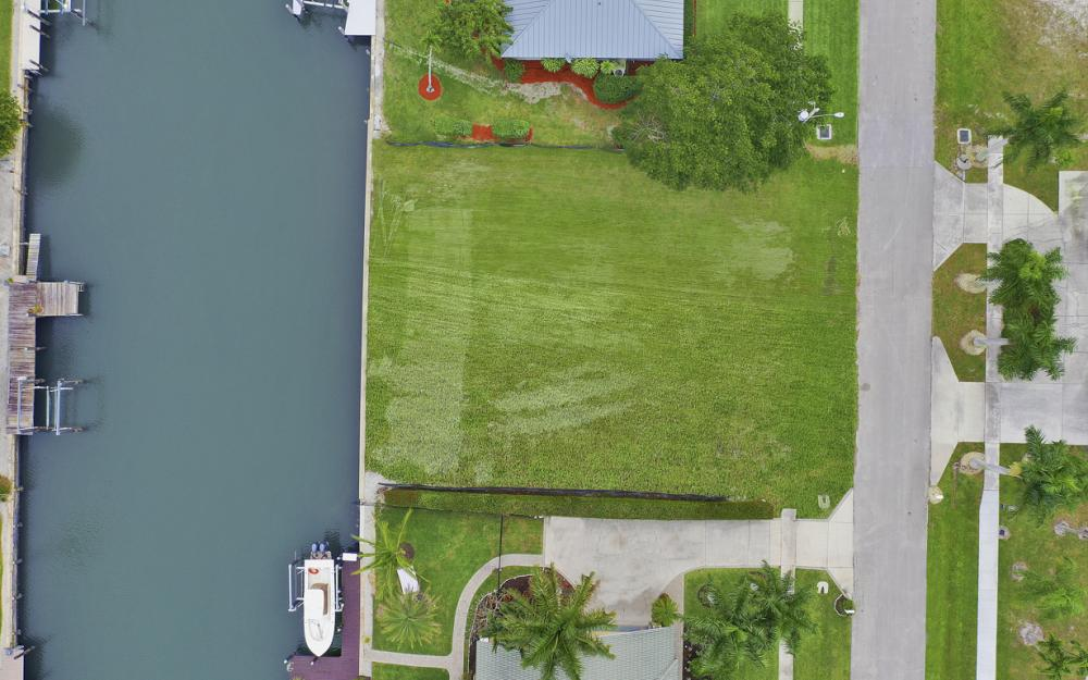 329 Grapewood Ct, Marco Island - Lot For Sale 1369284129