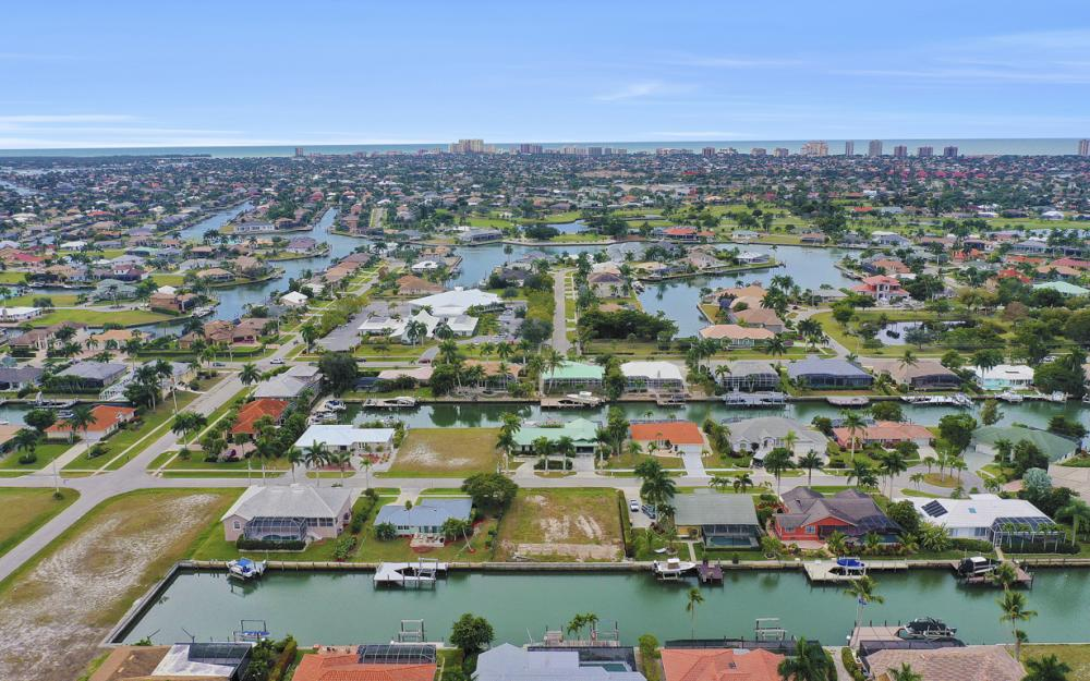 329 Grapewood Ct, Marco Island - Lot For Sale 485890816