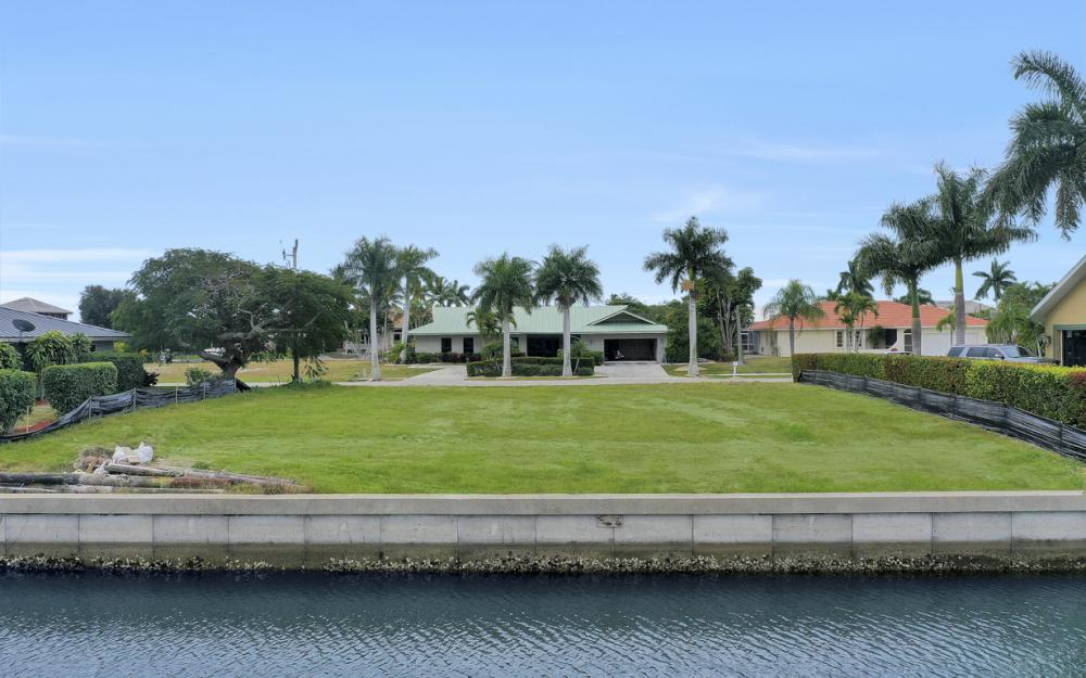 329 Grapewood Ct, Marco Island - Lot For Sale 1788700000