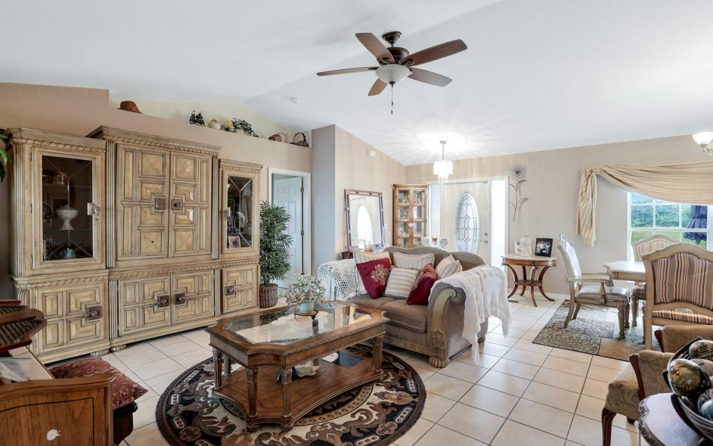318 NE 17th Pl, Cape Coral - Home For Sale 1804835354