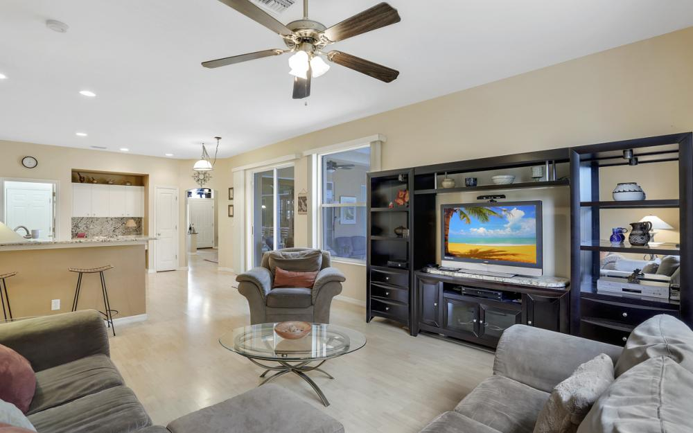 8404 Bahamas Rd, Fort Myers - Home For Sale 751141572