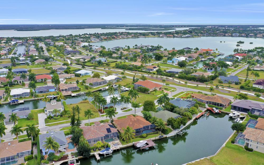 480 Pheasant Ct, Marco Island - Home For Sale 1300236318